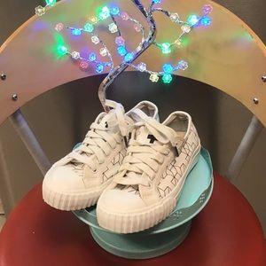 Drake General Store + Bata Bullets Shoes Size 4